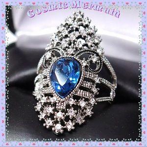 Jewelry - 🆕💙1.5 CT Royal Blue Pear Shape Aquamarine Ring💙